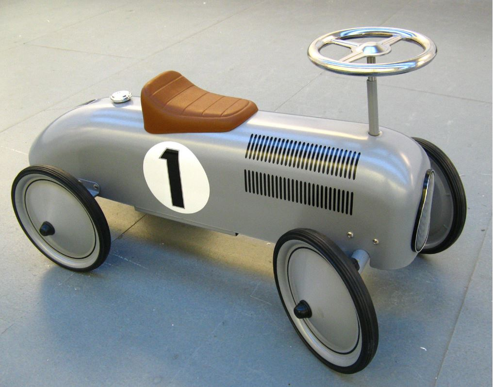 14136 Silver Classic Metal Ride on Car 004